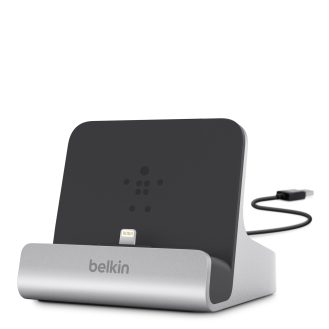 Belkin-Express-Charge-Dock-iPad-iPhone_(2)