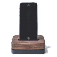 grovemade-iphone-6-dock-1