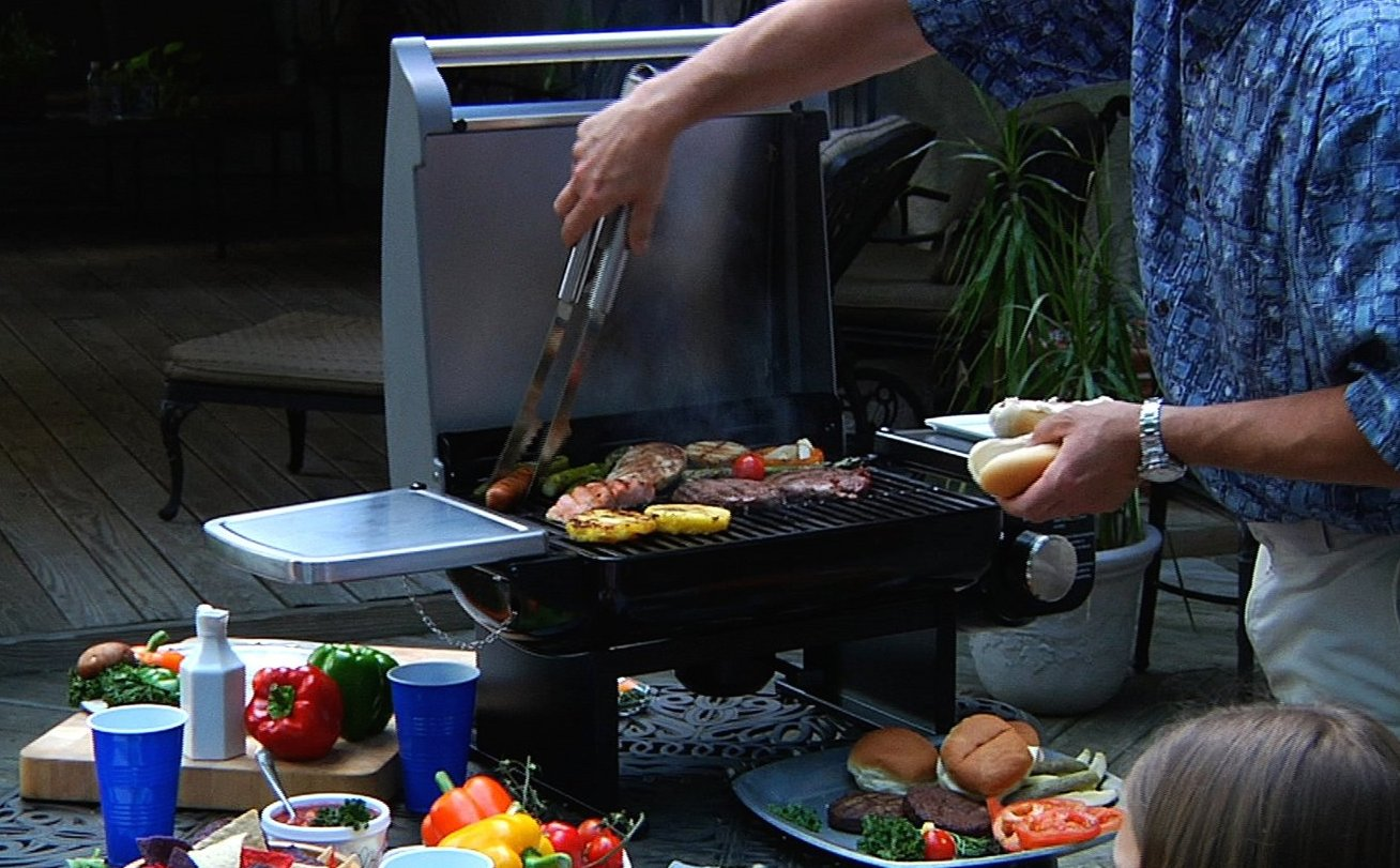 Home Cuisinart Tabletop Gas Grill 105 Reg 160 More 9to5toys