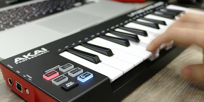 akai wireless 25 key midi keyboard for mac and ios 75 shipped 9to5toys. Black Bedroom Furniture Sets. Home Design Ideas