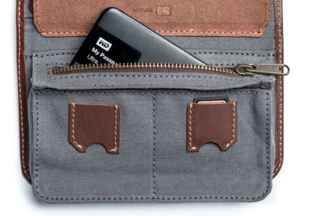 techfolio-cord-organizer-pocket