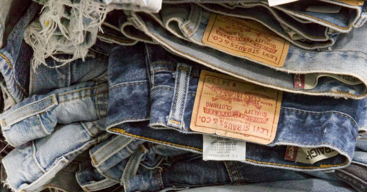 Levi's Flash Sale takes 30% off orders of $100: Denim, outerwear, more - 9to5Toys