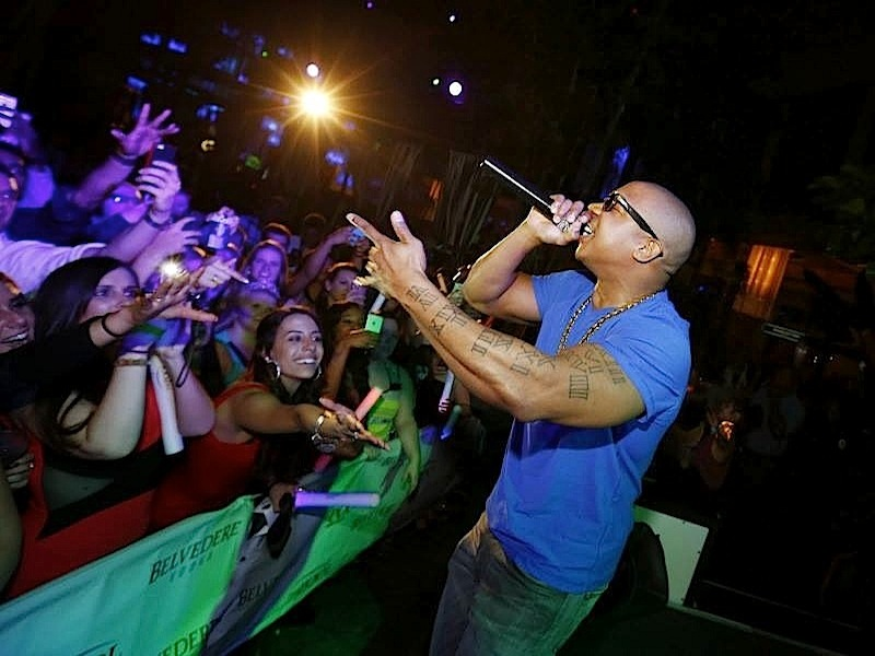 2/5 #JARULE! The Pool After Dark in #AtlanticCity. Jump on our list for FREE ADMISSION!