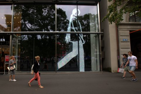 Mimicking pedestrians?