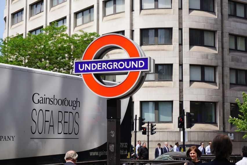 horario metro Londres