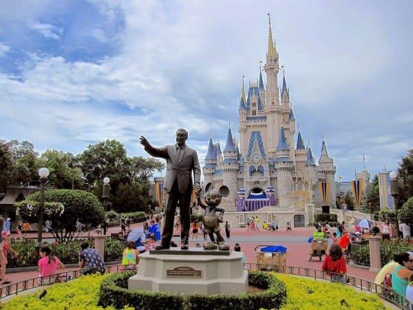 ¿Cuántos parques Disney hay en el mundo?