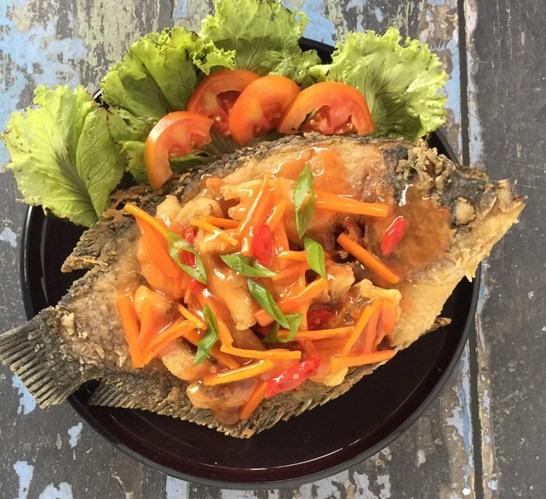Resep Memasak Ikan Gurame, 2 Resep Memasak Ikan Gurame Yang Mudah dan Enak