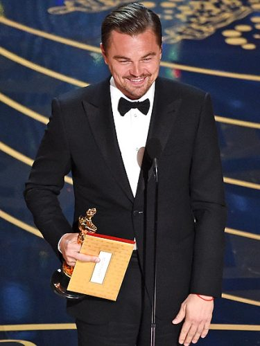 Leo DiCaprio finally wins an oscar 2016