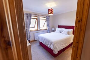 Nia Roo bedroom