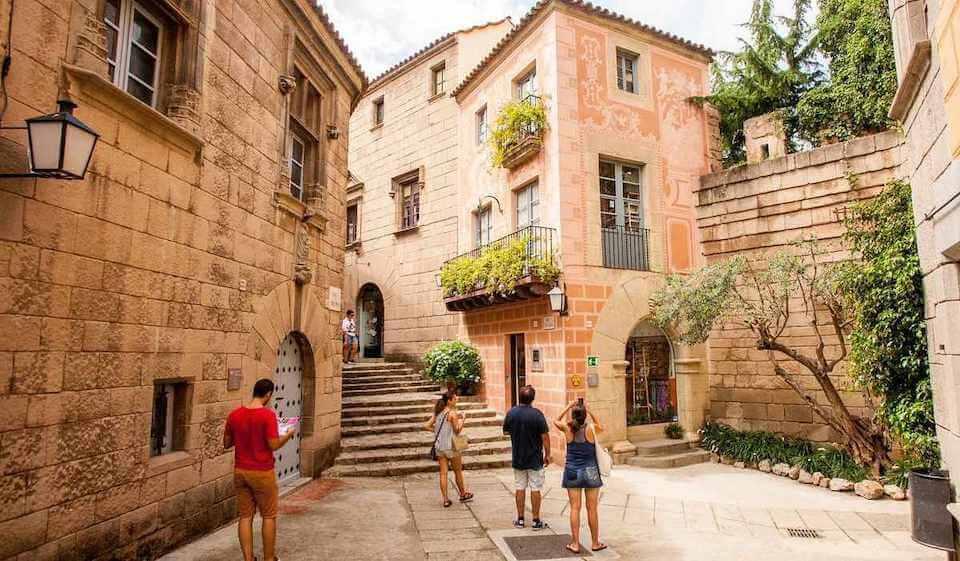 Spanyol falu, Barcelona