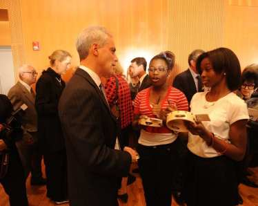 Mayor Rahm Emanuel and M.A.D.D. Rhythms Company members