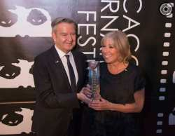 "(l to r) Chicago International Film Festival Director Michael Kutza presented ""CSI"" Executive Producer Carol Mendelsohn with the Commitment to Excellence Award for Television Production at the 50th Chicago International Film Festival Television Awards."