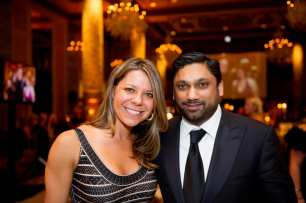 PAWS Chicago Co-founder Alexis Fasseas with Presenting Sponsor Raj Fernando of Chopper Group