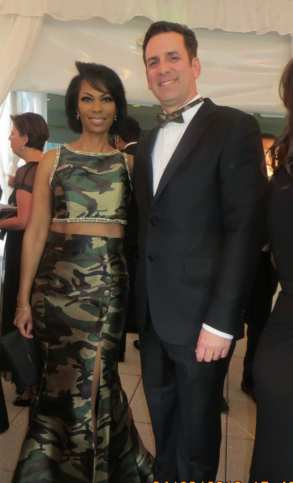 Harris Faulkner & Husband attend the White House Correspondents' Dinner.