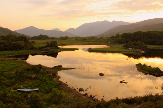 I pulled the car over just in time to catch the sun setting over this breathtaking scene at Killarney National Park
