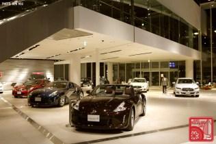 20131201-357_NissanShowroom