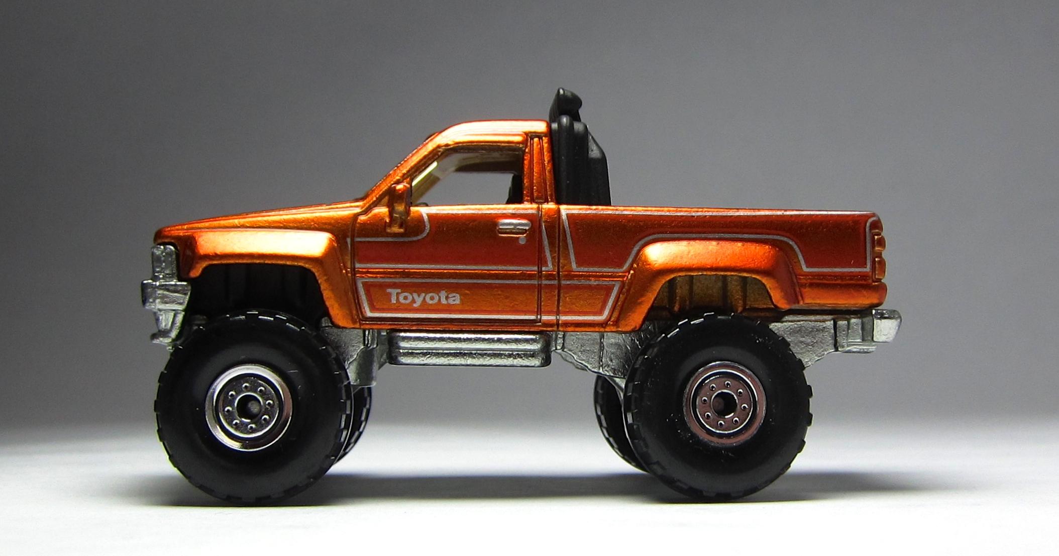Toyota Latest Models >> MINICARS: Hot Wheels Cool Classics 1987 Toyota Pickup | Japanese Nostalgic Car