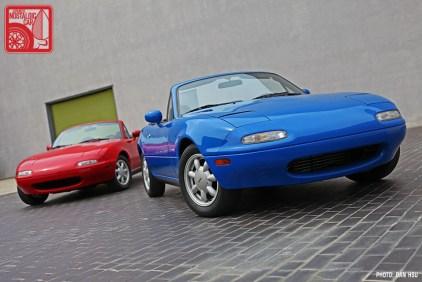 01-6575_Mazda MX5 Miata_Chicago Auto Show 09