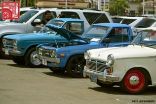 130IP6088-Nissan_Datsun_NL320_pickup