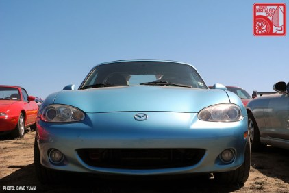 009DY_Mazda MX5 Miata crystal blue metallic