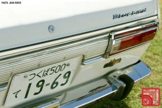 JR1380_Nissan Bluebird 510 rear garnish