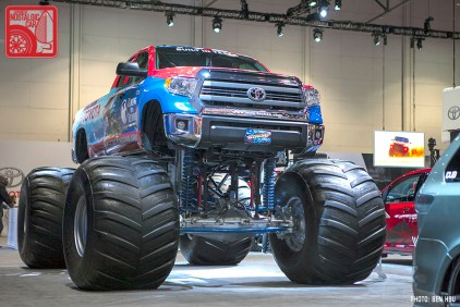03_Toyota Tundra monster truck