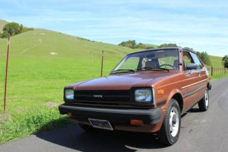 1981-toyota-starlet-copper-metallic02