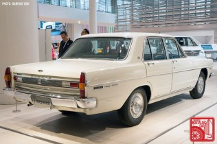 05_Nissan Gloria PA3-