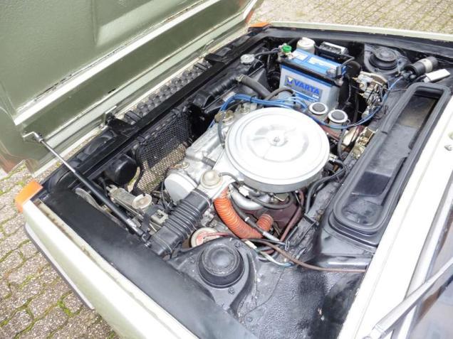 honda-civic-hatchback-benzine-bruin--102475098-Large