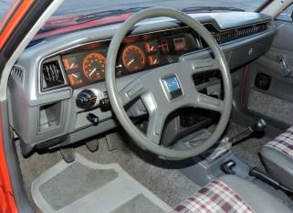 driverside view EA81 GL Wagon interior
