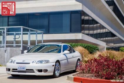 090-4573_Lexus SC300