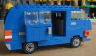 Lego Toyota Hiace 1979 by L-Rides 02