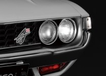 Hachette Toyota Celica Liftback 2000GT model kit lights headlamp
