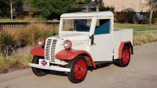 JCCS2020 Datsun 2224 1947 Truck 01