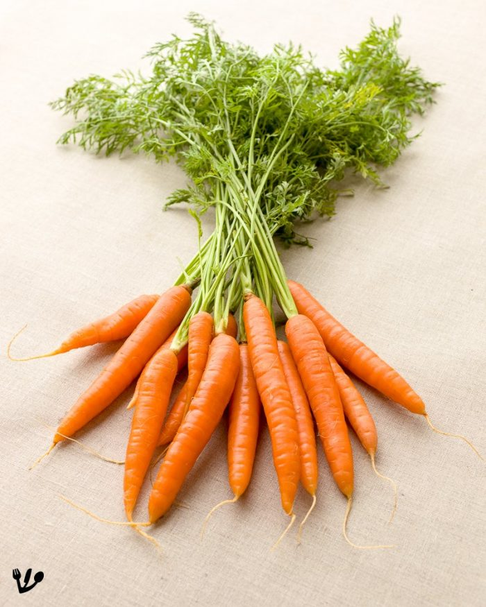 Try to get high-quality organic carrots for the tafelspitz. Check their taste before you cook them!