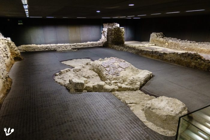 The remains of the medieval synagogue were discovered during the construction of the Holocaust memorial at Judenplatz: When one analyses history, one uncovers the past. (Excavations as seen at the Museum Judenplatz in Vienna.)