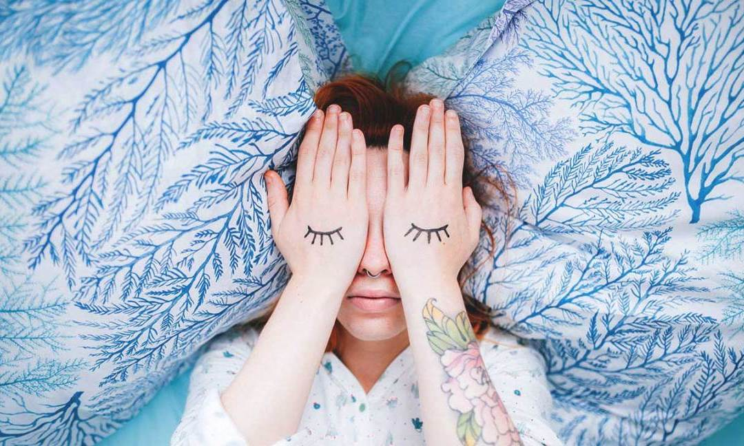 7 Steps to Ease Sleep for the Chronically Stressed