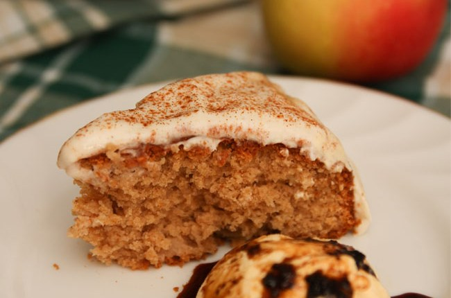 Healthy Apple Cinnamon Cake #Healthy #Applecake #Cinnamoncake