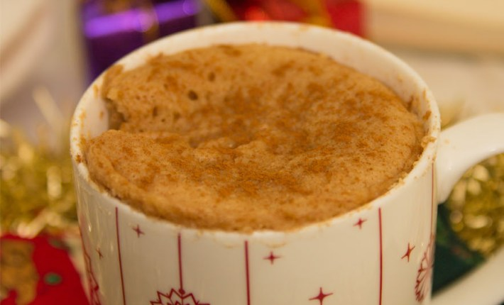 Healthy Snickerdoodle Mug Cake #healthy #mugcake #christmas #vegan #glutenfree #refinedsugarfree
