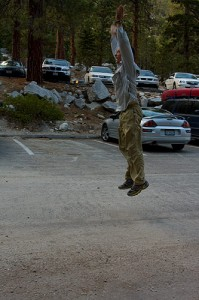 Tom doing burpees in the parking lot after the Whitney hike