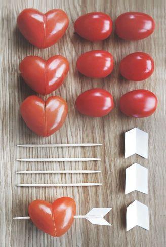 идеи для завтрака день Валентина из помидорок