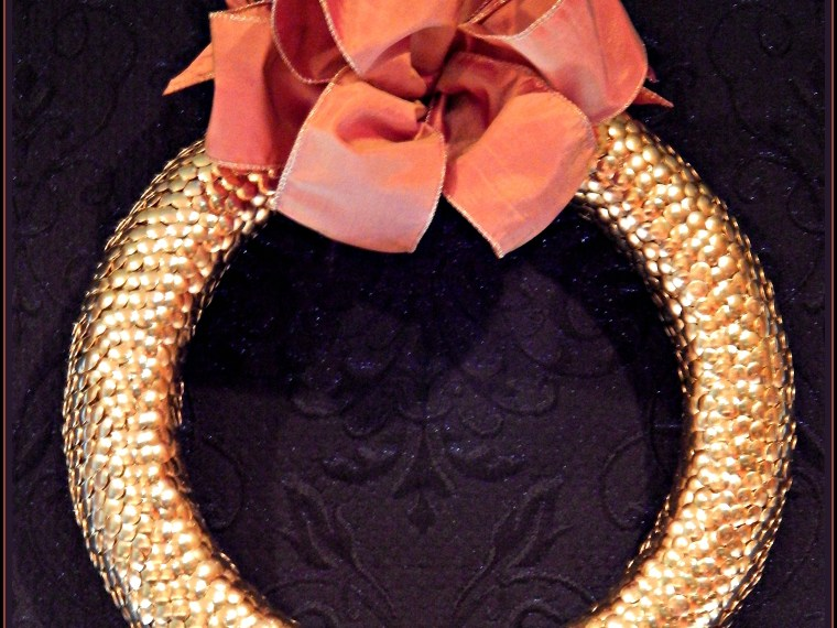 How To Make Your Own Lovely Golden Thumbtack Wreath
