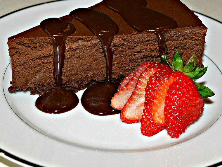 Chocolate Lover? You'll Love This Decadent Chocolate Cheesecake!