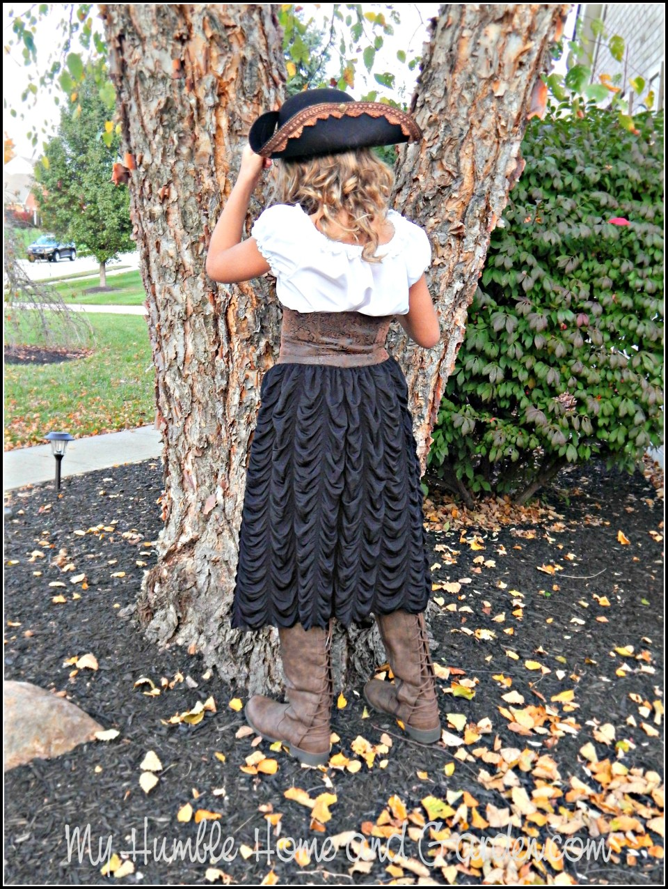 DIY Pirate Costume – How To – Your Little Girl Would Love This