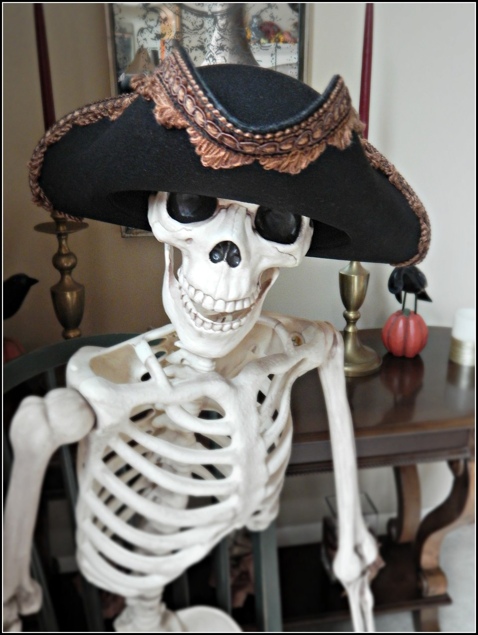 How To Easily Make A Tricorn Pirate Hat!