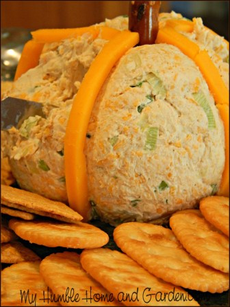 The Best Holiday Classic Cheese Ball Recipe on MyHumbleHomeandGarden.com