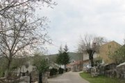 Malo selo u kamenu dalmatinske zagore -Štrljići-
