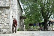 Zaboravljena sela Dalmatinske zagore -Lovrići-