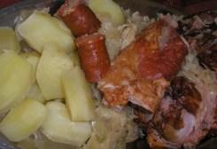 Tradicionalna jela i namirnice dalmatinske zagore - suho meso i kiseli kupus