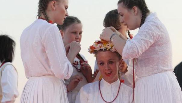 Tradicionalni običaji dolaska mlade u mladoženjinu kuću